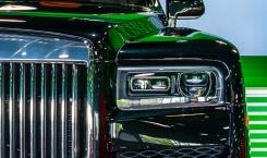 2021-Rolls-Royce-Cullinan-black.-1
