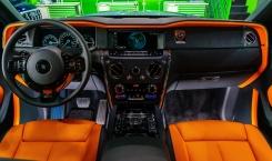 2021-Rolls-Royce-Cullinan-black.-12