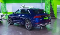 Audi-SQ8-12
