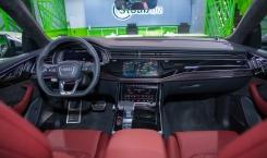 Audi-SQ8-13