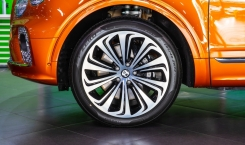 Bentley-Bentayga-First-Edition-7