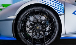 2022-Lamborghini-Huracan-STO-5