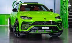 Lamborghini-Urus-green-4