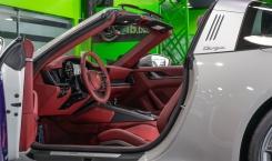 Porsche-911-Targa-11