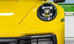 Porsche-992-Carrera-4S