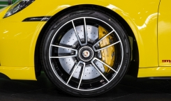 Porsche-992-Turbo-S-Cabriolet-11