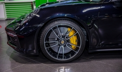 Porsche-992-Turbo-S-Coupe-black-10