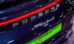 Porsche-992-Turbo-S-Coupe-black-13