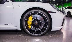 Porsche-992-Turbo-S-Coupe-crayon-14