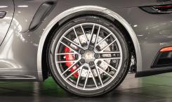 Porsche-992-Turbo-5