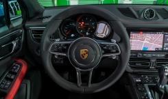 2021-Porsche-Macan-Blue-10