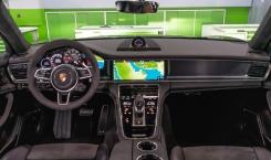 Porsche-Panamera-GTS-9