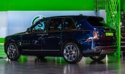 2020-Rolls-Royce-Cullinan-4