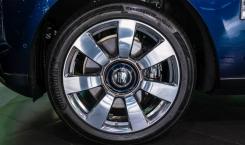 2020-Rolls-Royce-Cullinan-5
