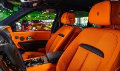 2020-Rolls-Royce-Cullinan-6