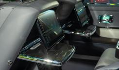 Rolls-Royce-Cullinan-Black-Badge-Gunmetal-5