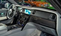 Rolls-Royce-Cullinan-Black-Badge-Gunmetal-8