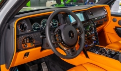Rolls-Royce-Cullinan-Black-Badge-6