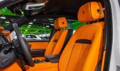 Rolls-Royce-Cullinan-Black-Badge-7