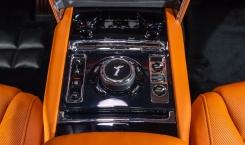Rolls-Royce-Cullinan-Salamanca-Blue-11