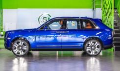 Rolls-Royce-Cullinan-Salamanca-Blue-3